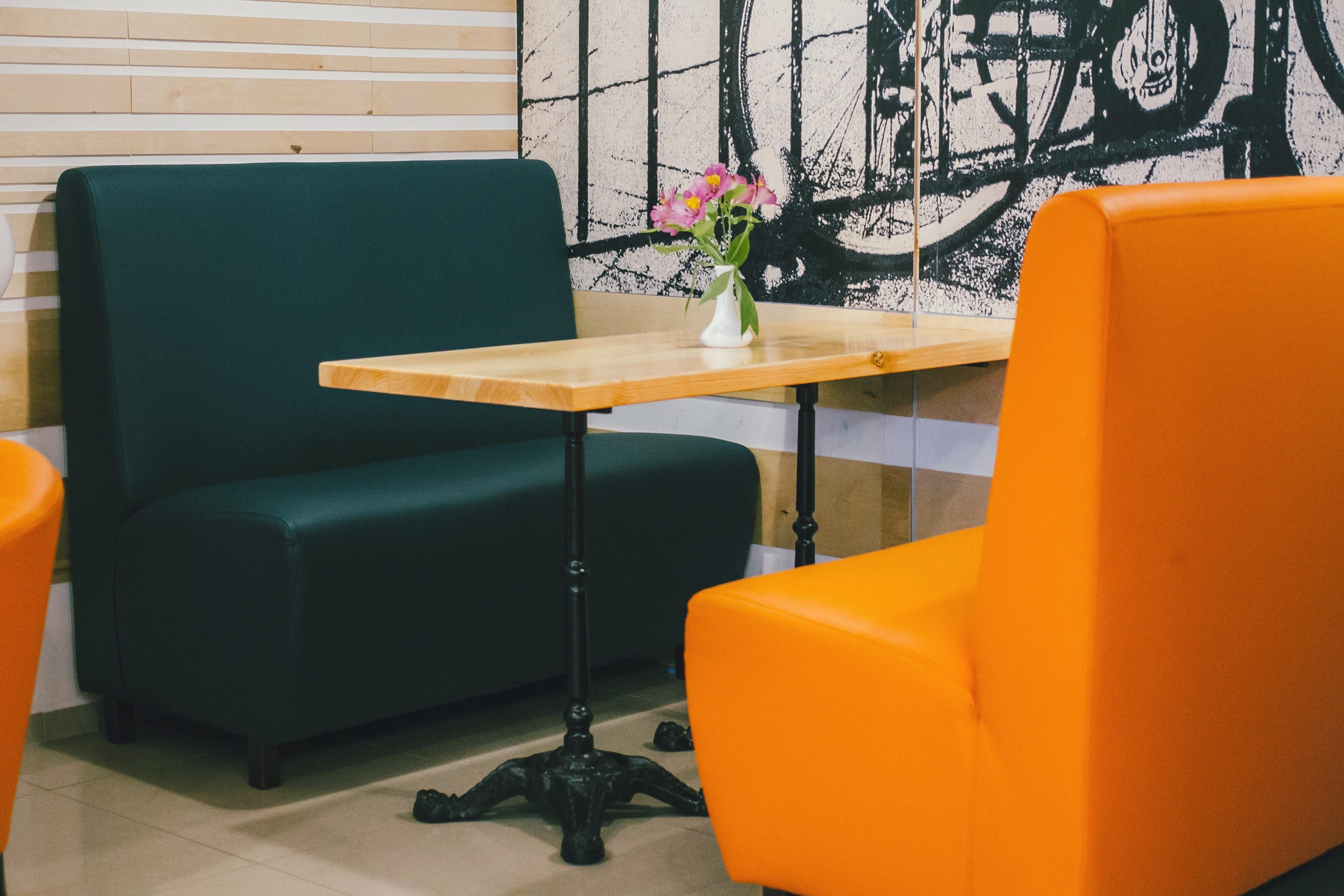 Диванчики для кафе без подлокотников в Одессе, магазин «Оникс»
