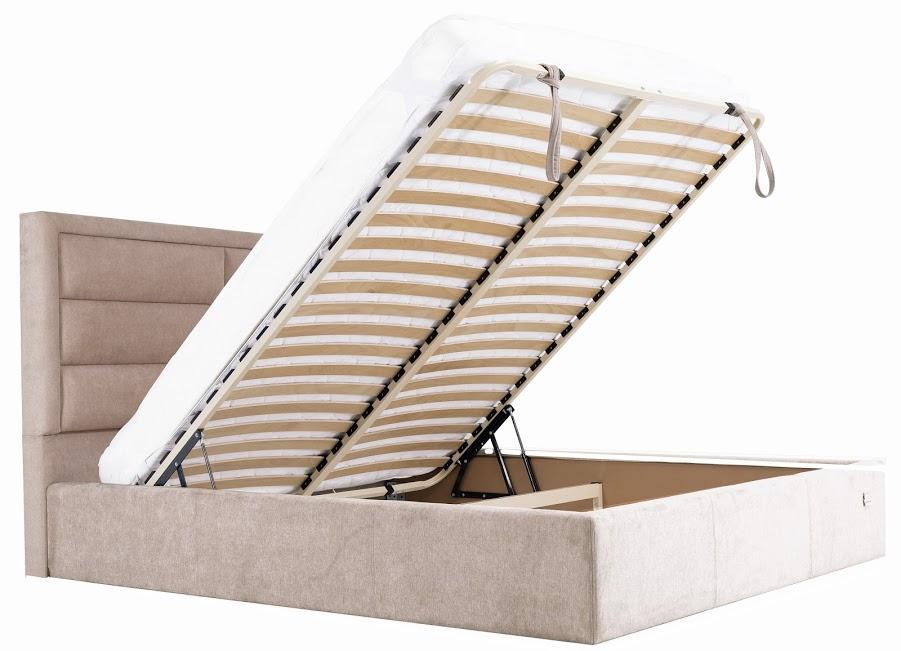 Практичная кровать от магазина Оникс, Одесса