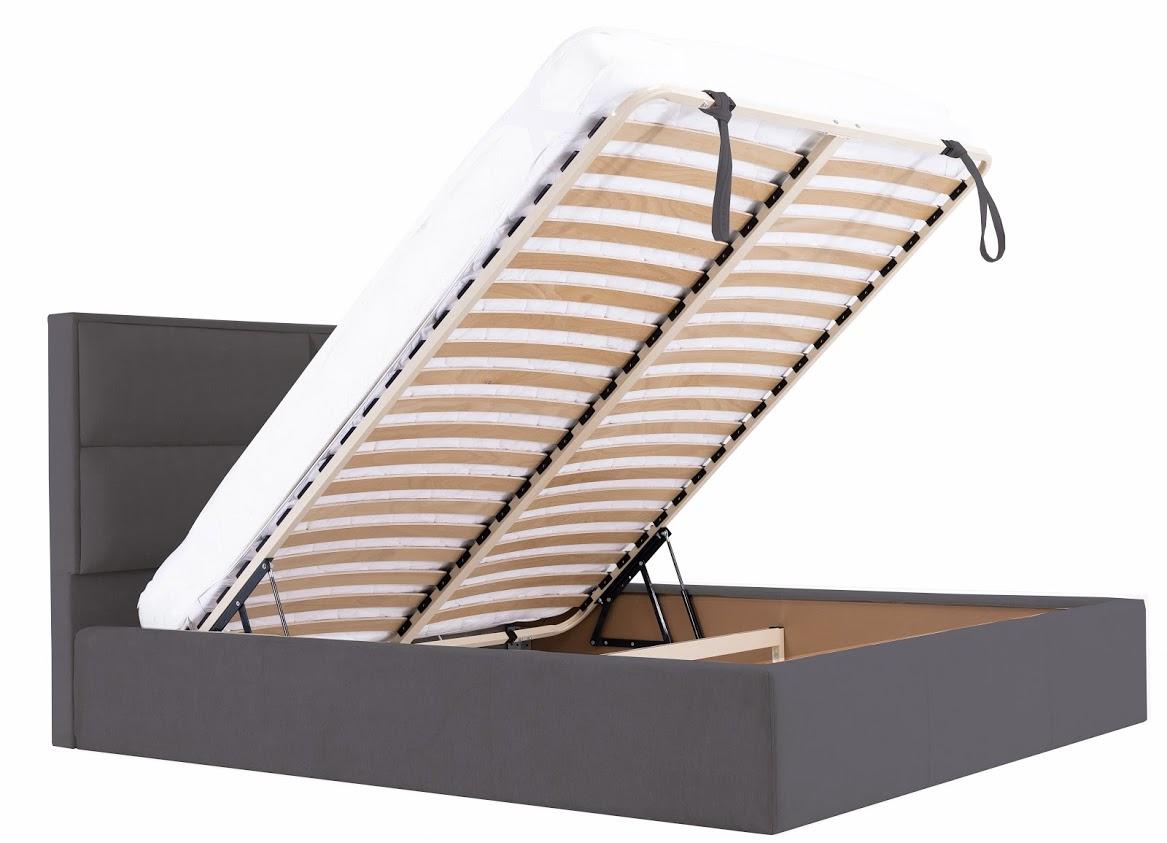 Кровать с подъемным механизмом в открытом виде
